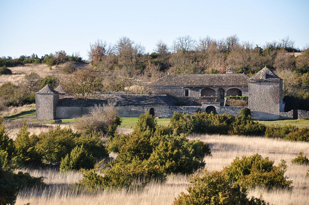 Ferme fortifiée sur le Larzac.
