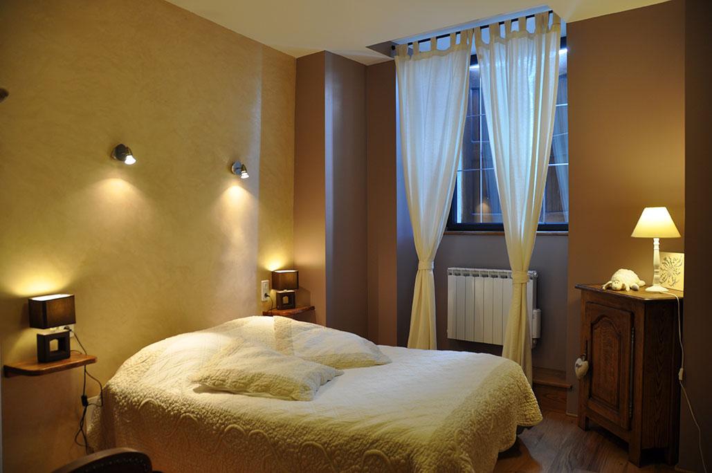 Chambre 2 avec lit 140/190